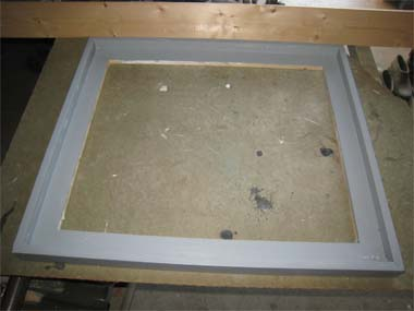 gray floater frame